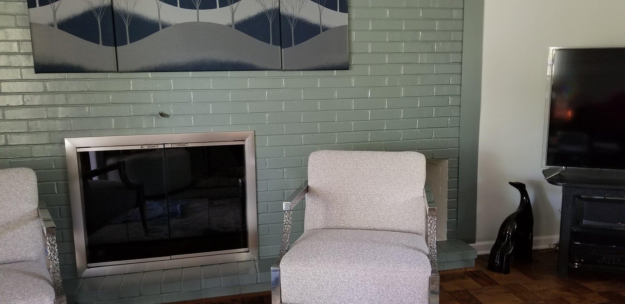 Brookfield design in a brush nickel fireplace door